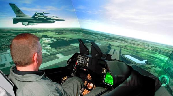 آموزش خلبان
