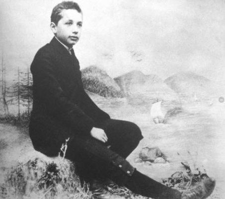 نوجوانی انیشتین